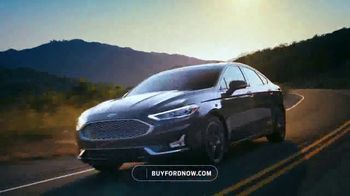 Ford Memorial Day Sellathon TV Spot, 'It's On' [T2] - Thumbnail 5