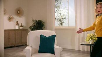 La-Z-Boy Memorial Day Sale TV Spot, 'Prank Wars' Featuring Kristen Bell - Thumbnail 4