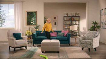 La-Z-Boy Memorial Day Sale TV Spot, 'Prank Wars' Featuring Kristen Bell - Thumbnail 6