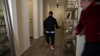 Crocs, Inc. TV Spot, 'Zach and Pat: More Than a Shoe' - Thumbnail 8
