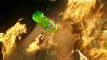 Mountain Dew TV Spot, 'Spicy Wings' - Thumbnail 7