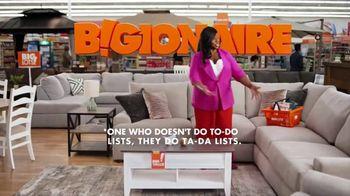 Big Lots Memorial Day Sale TV Spot, 'Bigionaire; Sectional' Featuring Retta - Thumbnail 4