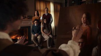 GEICO TV Spot, 'Family Portrait With Rembrandt' - Thumbnail 5