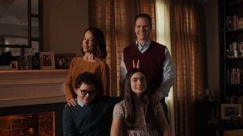 GEICO TV Spot, 'Family Portrait With Rembrandt' - Thumbnail 8