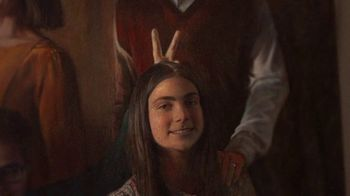 GEICO TV Spot, 'Family Portrait With Rembrandt' - Thumbnail 9