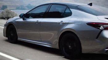 Toyota Camry Hybrid TV Spot, 'Dear Power: Let's Rev' [T1] - Thumbnail 1