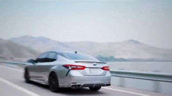 Toyota Camry Hybrid TV Spot, 'Dear Power: Let's Rev' [T1] - Thumbnail 2
