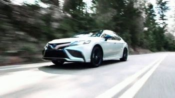 Toyota Camry Hybrid TV Spot, 'Dear Power: Let's Rev' [T1] - Thumbnail 3