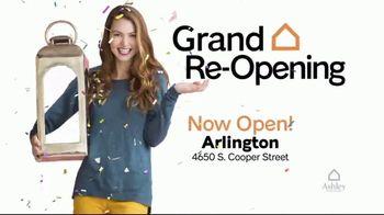Ashley HomeStore TV Spot, 'Arlington Grand Re-Opening: $10,000 Furniture Giveaway' - Thumbnail 2