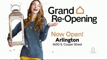 Ashley HomeStore TV Spot, 'Arlington Grand Re-Opening: $10,000 Furniture Giveaway' - Thumbnail 3