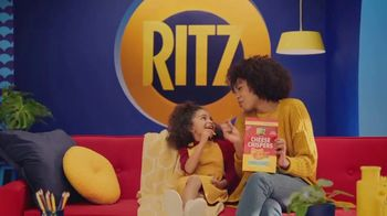 Ritz Cheese Crispers TV Spot, 'Bold Taste' Featuring Sofia Vergara - Thumbnail 3