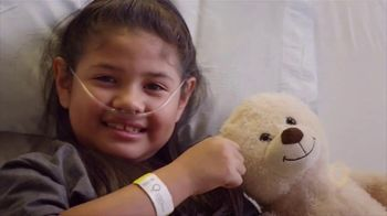 Children's Miracle Network Hospitals TV Spot, 'Amazing Places' Featuring Chris Pine - Thumbnail 4