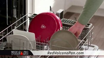 Red Volcano Pan TV Spot, 'Revolutionary' - Thumbnail 7