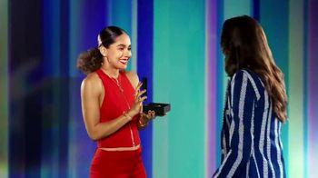 Zales TV Spot, 'How Mom Shines'
