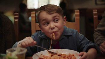 Olive Garden Never Ending Soup, Salad & Breadsticks TV Spot, 'Our Famous Never Ending First Course' - Thumbnail 9