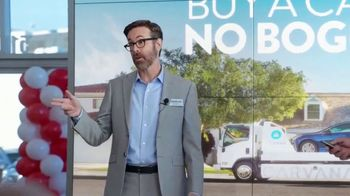 Carvana TV Spot, 'Dealer Fees Are Done' Featuring Rob Corddry, Brian Huskey - Thumbnail 5
