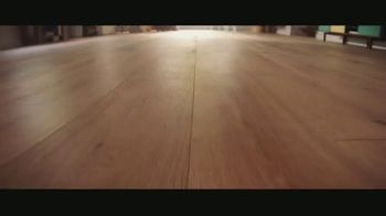 LL Flooring TV Spot, 'Bellawood Oak Floors: 24 Months Financing' Song by Electric Banana - Thumbnail 1