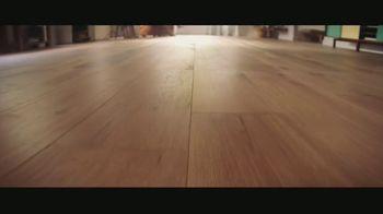 LL Flooring TV Spot, 'Bellawood Oak Floors: 24 Months Financing' Song by Electric Banana - Thumbnail 2