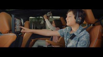 2021 Chrysler Pacifica Hybrid TV Spot, 'Split Second' [T1] - Thumbnail 2