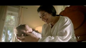 Kay Jewelers Center of Me Collection TV Spot, 'Mother's Day: Love Keeps You Centered' - Thumbnail 4