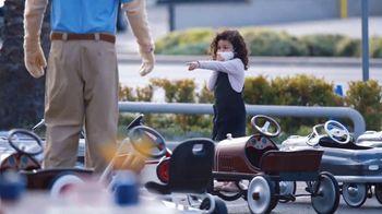 Honda Dream Garage Spring Event TV Spot, 'Random Acts of Helpfuness: Toy Car Lot' [T2] - Thumbnail 5