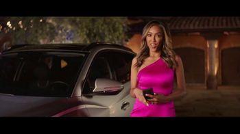 2022 Hyundai Tucson TV Spot, 'The Bachelorette: Match Made in Heaven' Featuring Tayshia Adams [T1] - Thumbnail 5