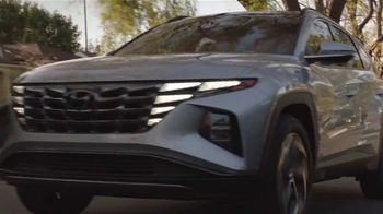 2022 Hyundai Tucson TV Spot, 'Question Everything: Greatest Rapper' Ft. Anthony Anderson, Marcus Scribner [T1] - Thumbnail 10