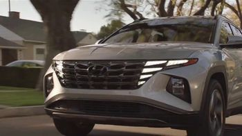 2022 Hyundai Tucson TV Spot, 'Question Everything: Greatest Rapper' Ft. Anthony Anderson, Marcus Scribner [T1] - Thumbnail 9