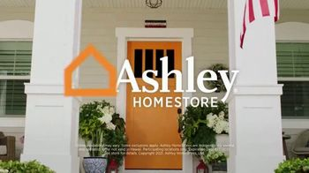 Ashley HomeStore Memorial Day Sale TV Spot, 'Extended: 50% Off and 0% Interest for 60 Months' - Thumbnail 9