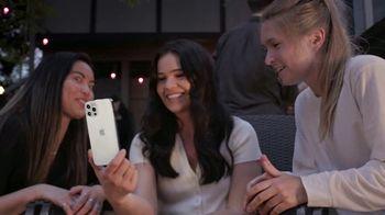 T-Mobile Magenta MAX TV Spot, 'iPhone 12 Pro On Us: el líder en 5G' [Spanish] - Thumbnail 1