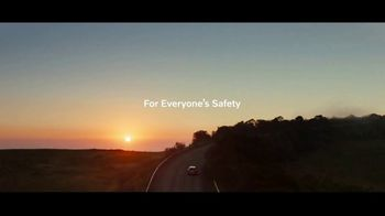 Volvo Summer Safely Sales Event TV Spot, 'Unplugged' Song by Squeak E Clean Studios, Kit Conway [T2] - Thumbnail 9