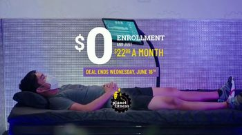 Planet Fitness Black Card Free Month Sale TV Spot, 'Get Moving' - Thumbnail 3
