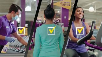 Planet Fitness Black Card Free Month Sale TV Spot, 'Get Moving' - Thumbnail 7