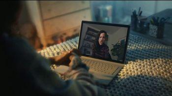 AT&T Internet Fiber TV Spot, 'Mal de amor: 300Mbps for $35 per Month' [Spanish] - Thumbnail 2