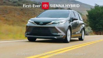Toyota TV Spot, 'Ten Different Hybrids: Team USA' [T2] - Thumbnail 6