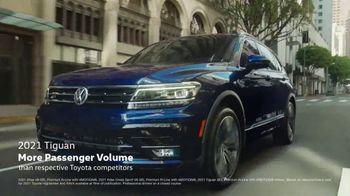 Volkswagen TV Spot, 'Teddy' [T2] - Thumbnail 7