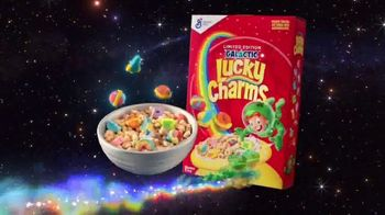 Limited-Edition Galactic Lucky Charms TV Spot, 'Slow-Speed Chase' - Thumbnail 10