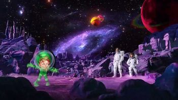 Limited-Edition Galactic Lucky Charms TV Spot, 'Slow-Speed Chase' - Thumbnail 2