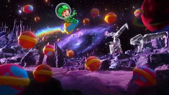 Limited-Edition Galactic Lucky Charms TV Spot, 'Slow-Speed Chase' - Thumbnail 8