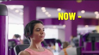 Planet Fitness Black Card Free Month Sale TV Spot, 'All The Perks' - Thumbnail 1
