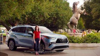 Toyota Summer Starts Here TV Spot, 'Summer Activities' [T2] - Thumbnail 4