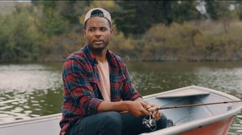 Casey's General Store TV Spot, 'Fishing: 5th Drink Free' - Thumbnail 6