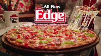 Pizza Hut The Edge TV Spot, 'Painting' Featuring Craig Robinson - Thumbnail 9