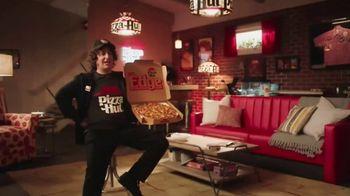 Pizza Hut The Edge TV Spot, 'Painting' Featuring Craig Robinson - Thumbnail 6