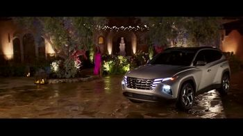 2022 Hyundai Tucson TV Spot, 'ABC and ESPN Personalities Question Everything' Feat. Anthony Anderson, Tayshia Adams [T1] - Thumbnail 6