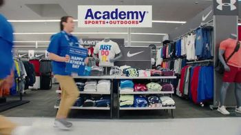 Academy Sports + Outdoors TV Spot, 'Best Gifts for Dad' - Thumbnail 2
