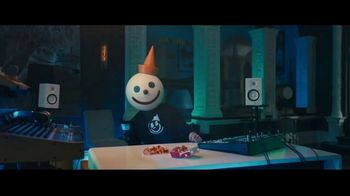 Jack in the Box Roost Fries TV Spot, 'French Fries With Cheese' Featuring Jason Derulo - Thumbnail 4