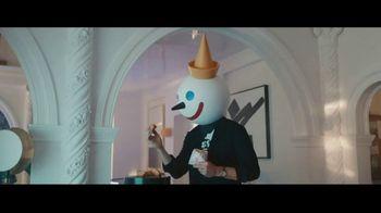 Jack in the Box Chocolate Croissant Bites TV Spot, 'Clowning Around' Featuring Jason Derulo - Thumbnail 3