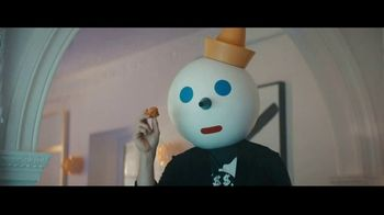 Jack in the Box Chocolate Croissant Bites TV Spot, 'Clowning Around' Featuring Jason Derulo - Thumbnail 6
