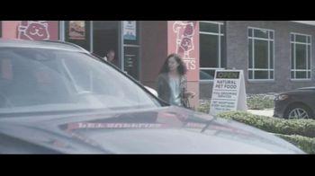 Amica Mutual Insurance Company TV Spot, 'Walking' - Thumbnail 2